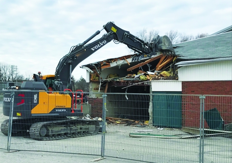 Demolition begins on Caledonia's Old Arena