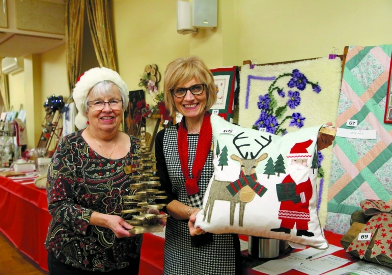 Christmas spirit (and decorations) come to Caledonia