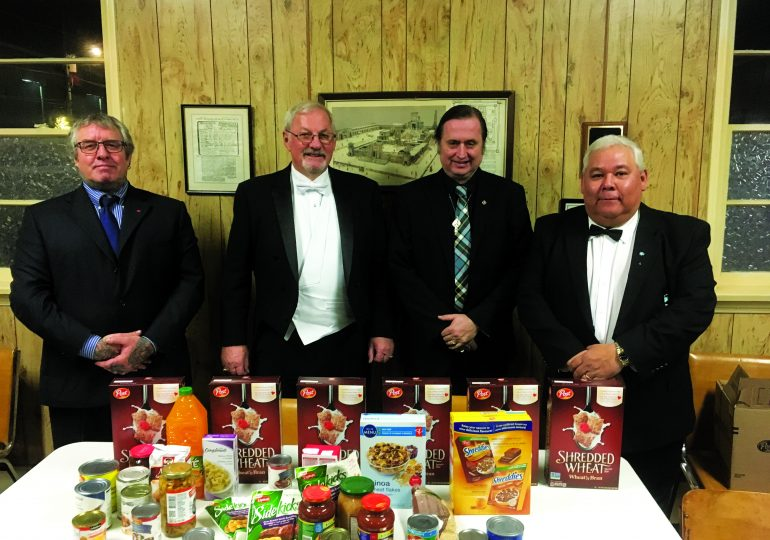 Hiram #319 Donates to Hagersville Food Bank