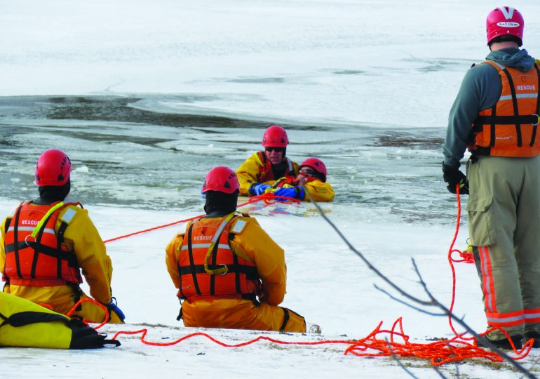 Caledonia firefighters practise rescue on Grand River