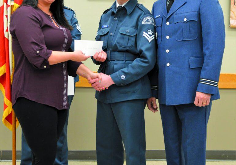 School donates to 611 Squadron