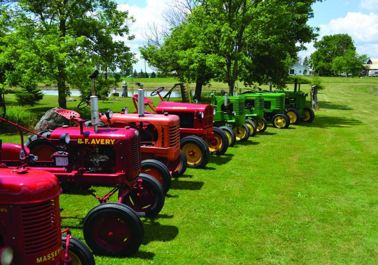Antique tractor enthusiasts given opportunity to tour Dunnville property