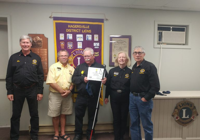 Hagersville Lion receives CNIB award