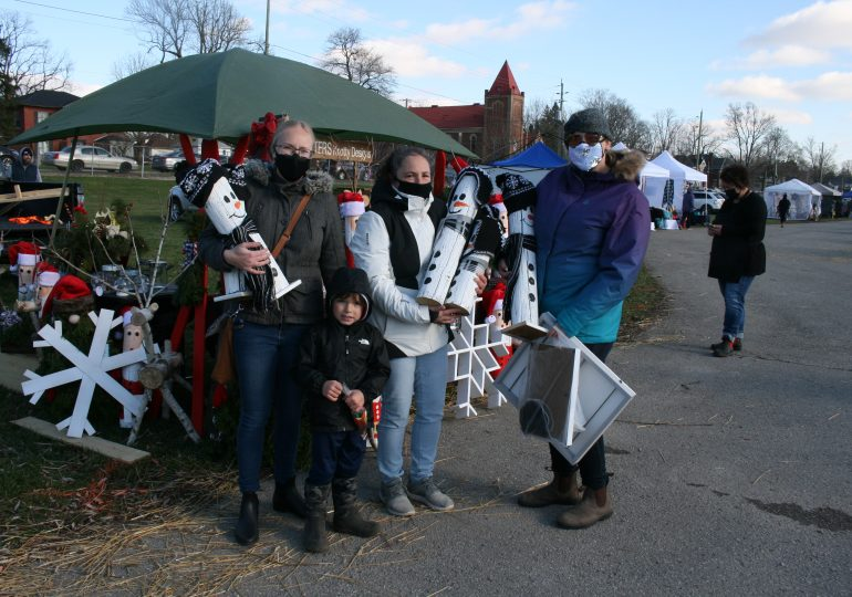 Outdoor market at Caledonia Fairgrounds brings Christmas spirit