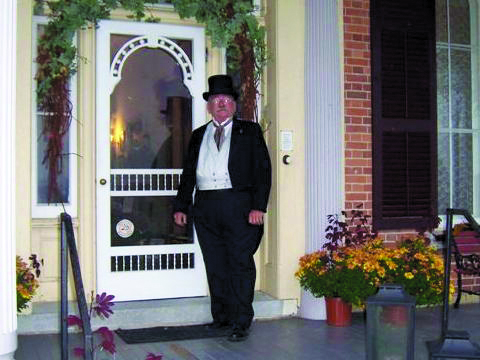Clayt Spears taking the helm as  President of Cottonwood Mansion Preservation Foundation